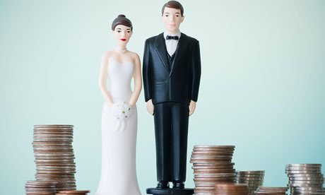Wedding-cake-figurines-on-008